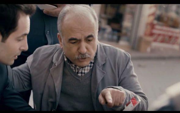 Oyuncumuz Ahmet Ürküt, Akbank Biz 70`iz Reklamında yer aldı.