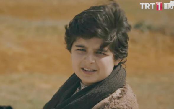 Çocuk oyuncumuz Arda Kalaycı,Mehmetçik Kutulamare Dizisinde yer almaktadır