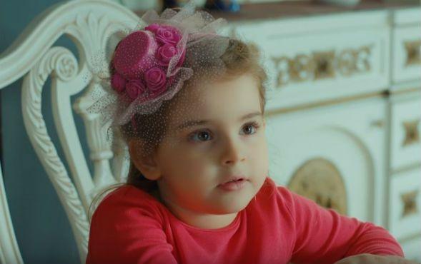 Çocuk oyuncumuz Esila Cansın, Cennetin Gözyaşları Dizisinde yer almaktadır