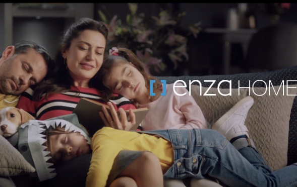 Çocuk oyuncumuz Aras Özdoyran, Enza Home Reklamında yer aldı.