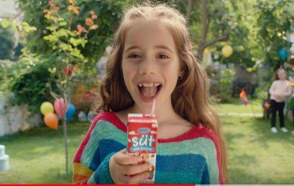 Çocuk oyuncumuz İrem Kolgu, BİM - Dost Aromalı Süt Reklamında yer aldı.