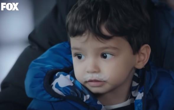 Tatlı bebeğimiz Alparslan, Çocukluk Dizisinde Ali Kaan karakterini canlandırmaktadır.