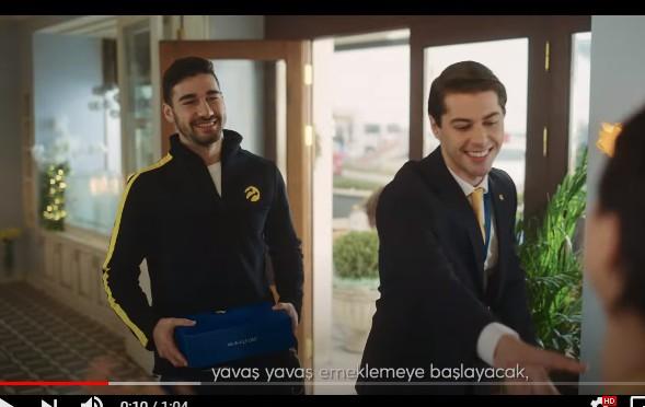 Genç yeteneklerimizden Aliberk, İş Teknolojide, Teknoloji Turkcell Reklamında rol aldı.