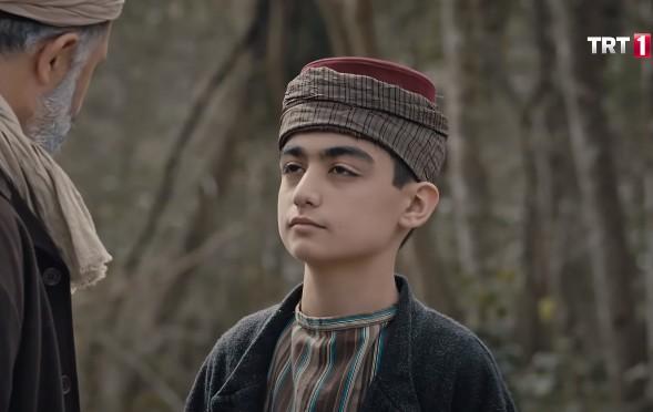 Çocuk oyuncumuz Orhun Kaan, Ya İstiklal Ya Ölüm Dizisinde - Emin karakterini canlandırmaktadır.