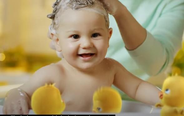 Dalin bebeğimiz Eymen`in reklamı yeniden yayında.