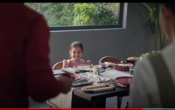 Çocuk oyuncumuz Duru`nun, Arçelik Sevgi Gibi Kalıcı reklamı yayında.